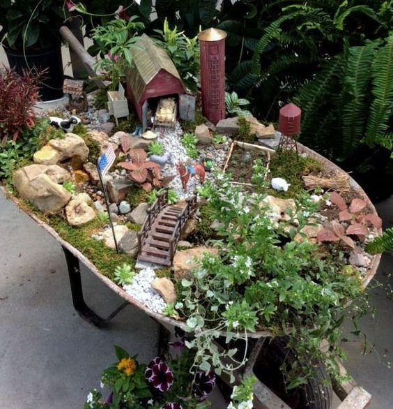 Diy Fairy Garden Design Und Zubehor Baumstamm Garten Miniaturgarten Garten