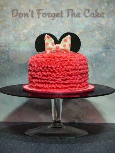Mini mouse smash cake