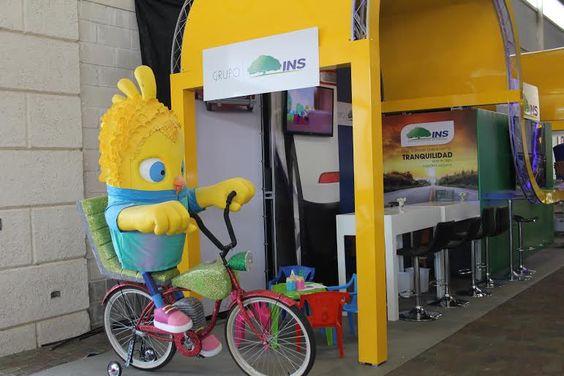 INS promociona su paquete de multiasistencia en Expomóvil
