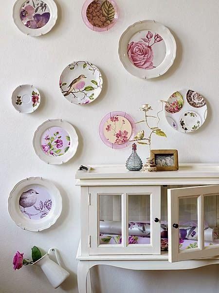 Servir refeições e, novamente,decorar paredes.O prato recuperauma antiga função e volta com tudo na decoração das paredes. Depois de ter...