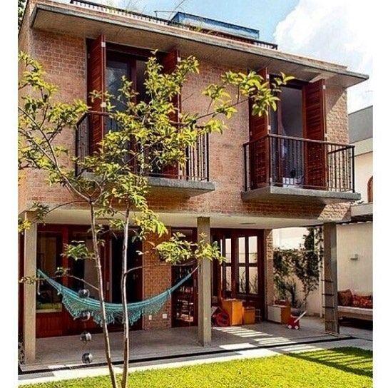 Boom dia!!!  Pra mim domingo tem tudo a ver com rede na varanda e solzinho pra aquecer... Dominguemos. Amém.✌️ Projeto de Carlos Verna.