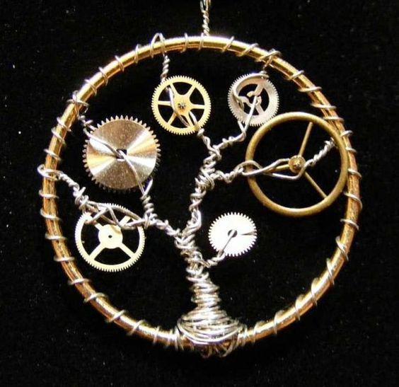 Steampunk tree necklace