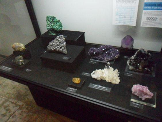 Museu Nacional de História Natural e da Ciência. Exposição de minerais :)