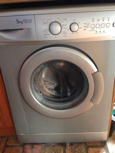 Beko washing Machine  https://t.co/jmaAEFpWEa https://t.co/CHibmUCT5l