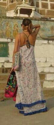 Espalda vestido Holi por Dolores Barreiro