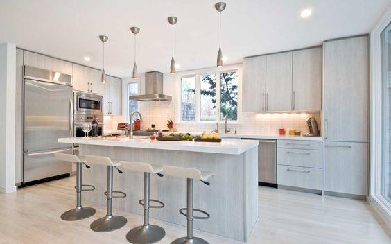 East Hampton Contemporary Kitchen