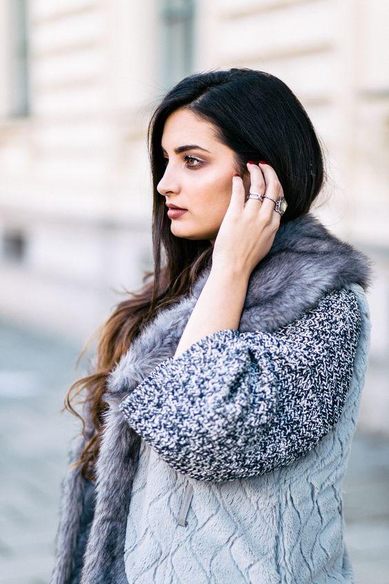 #fakefur #coat #overknees #mernamariella