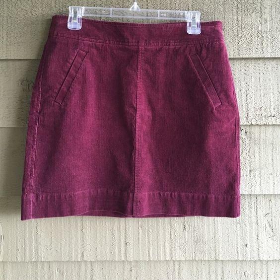 Burgundy corduroy skirt Has pockets, Zips in back! LOFT Skirts