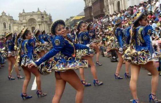 Candelaria dancers in Lima.