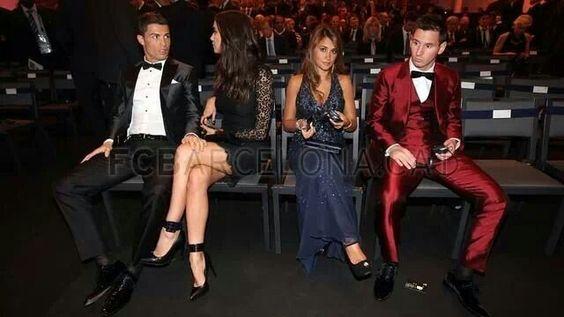 Así se sentaron Leo Messi y Cristiano Ronaldo con sus parejas en la gala del Balón de Oro