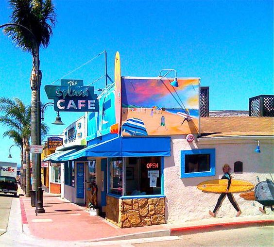 Splash Cafe - Pismo Beach, CA  Love this place!  Awesome clam chowder!