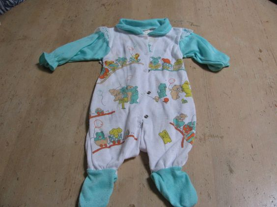 Made in Vancouver Just kid/'n Canada Vintage 18th month old turtleneck