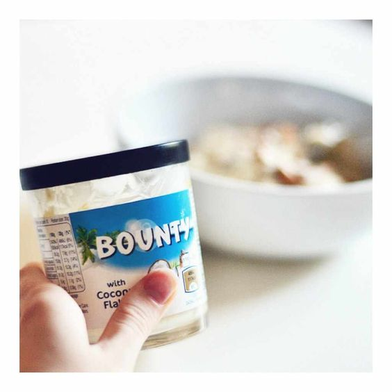 #Nutella upgrade! Have you tried your porridge with #Bounty spread yet? Yummy! #blog #blogger #breakfast #healthy: