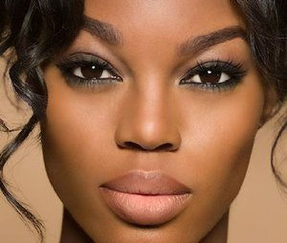 2019 Betting Makeup Ideas for Dark Skin