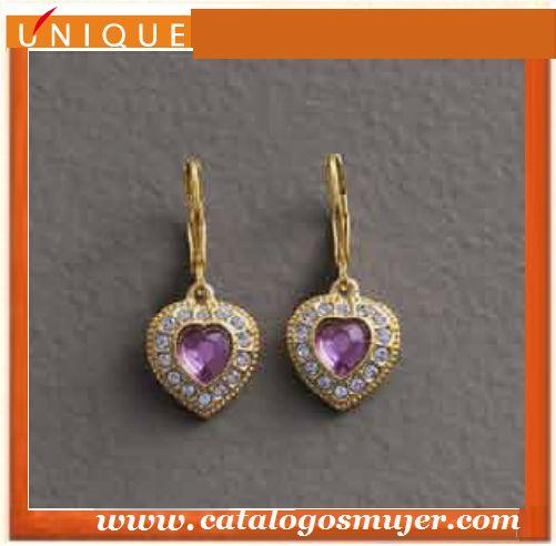 Aretes PRINCESS Baño de oro (24 K) bronce con finos cristales de alta bijouterie color amatista  *60%*Precio Oferta S/.42.90