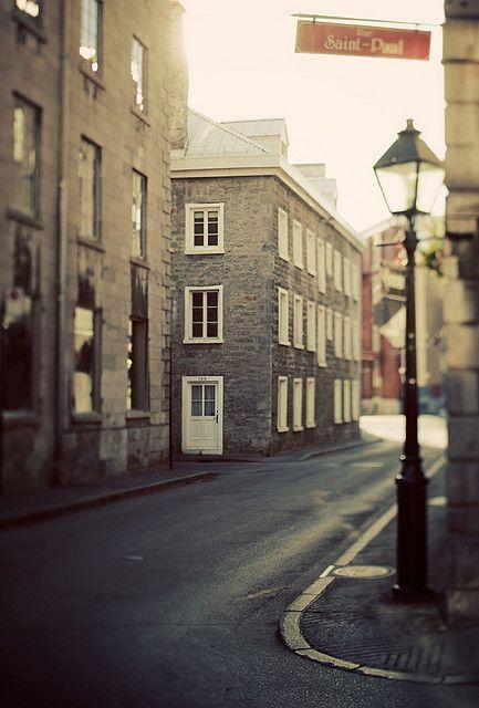 Rue St Paul, Montréal