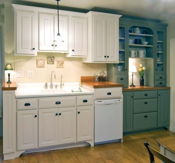 Adventures in installing a kitchen sink new kitchen for Old fashioned white kitchen cabinets