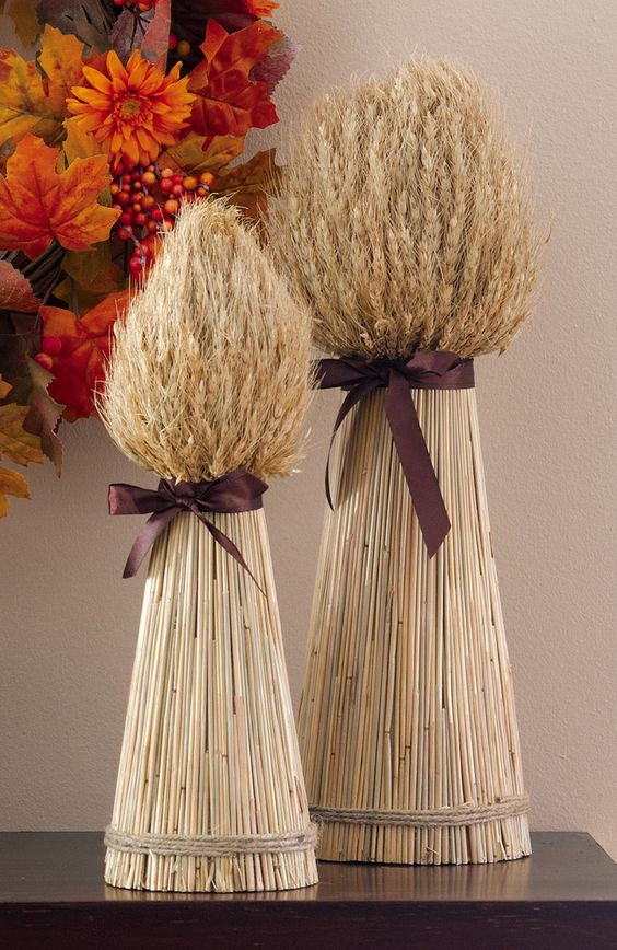 barley/wheat to keep in color scheme but provide height variance/texture #autumndecor: