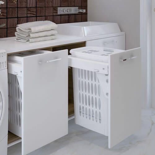 Le panier à linge est un indispensable, mais que l'on préfère souvent cacher. La solution : l'intégrer dans votre meuble de salle de bain !