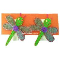If you are looking for hair clips that are soft to touch, easy to use and great at design, here's a pair of Dragonfly Felt Hair Clips.