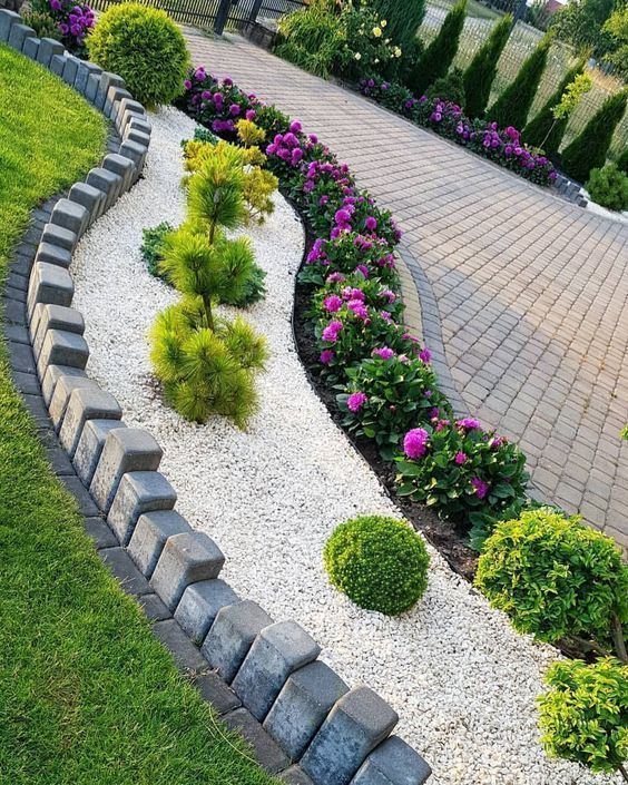 30 Outdoor Gardens Design Ideas On A Budget Diy Front Yards And Backyard Landscaping Lifestyle Sc Easy Landscaping Courtyard Landscaping Backyard Landscaping