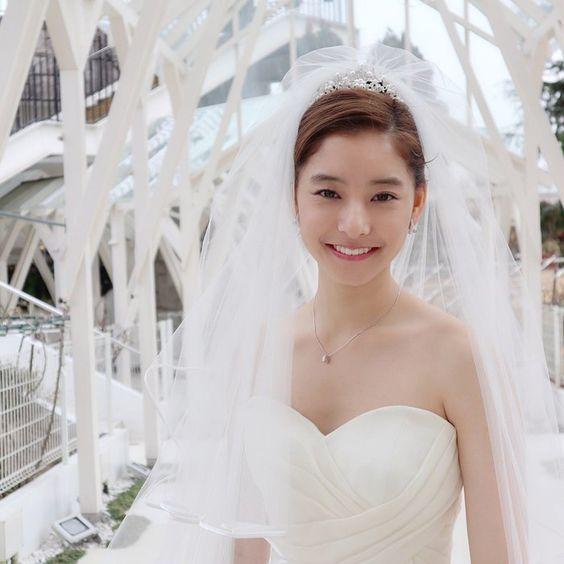 新木優子のウエディングドレス
