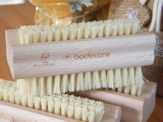 Traditional Double-Sided Nail Brush FSC - Made in Germany