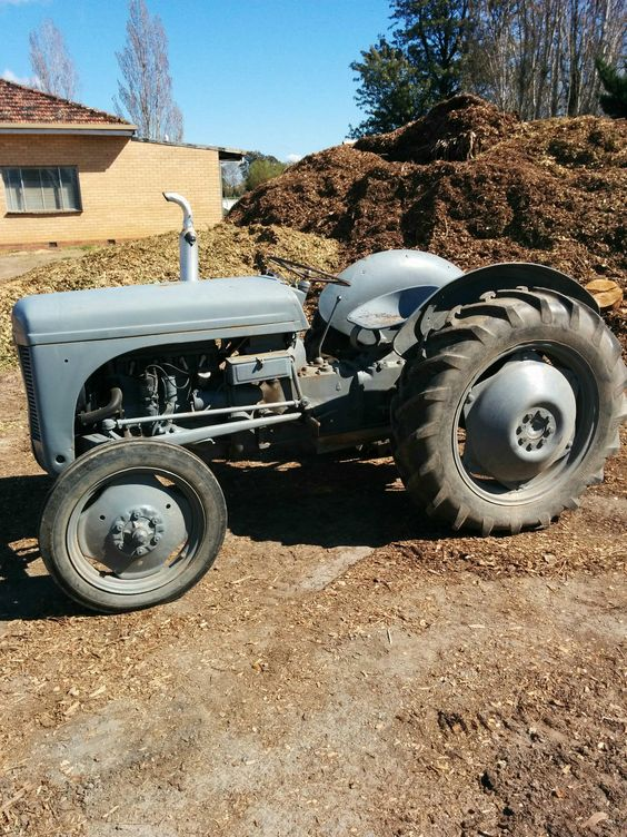 Grey Ferguson Tractor Great Tractor Starts AND Runs Well in VIC | eBay