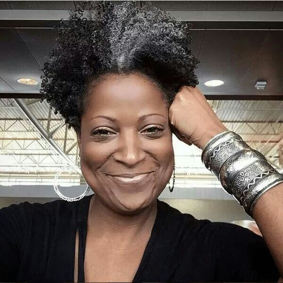 African American Salt And Pepper Hairstyles: Gorgeous Grey Hair