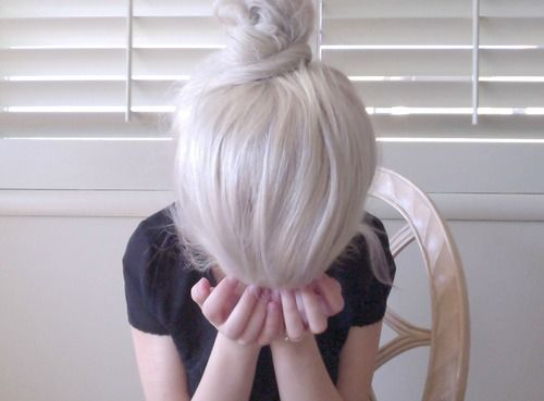 thinking of dying my hair all mother of dragons for summer like this.