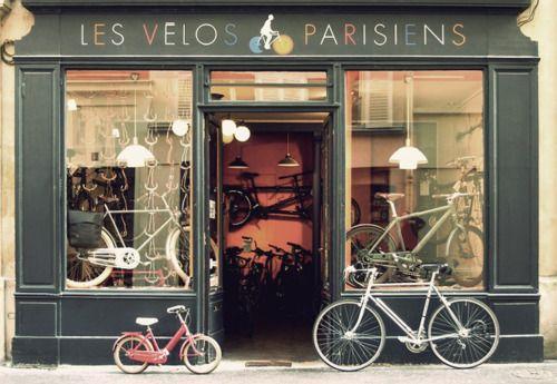Les Velos Parisiens Love the little bike    http://www.amazon.com/The-Reverse-Commute-ebook/dp/B009V544VQ/ref=tmm_kin_title_0