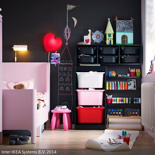 Bei der Wahl der Kindermöbel müssen der Geschmack und die Bedürfnisse der Kleinen im Vordergrund stehen. Kinder haben eine ganz eigene Vorstellung von Ästhetik,…