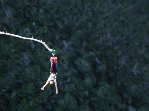Bungy jumping in South Africa. (That's me!!) Bloukrans Bungy Jump Bridge. 216 meters of awesome! #ISV <3