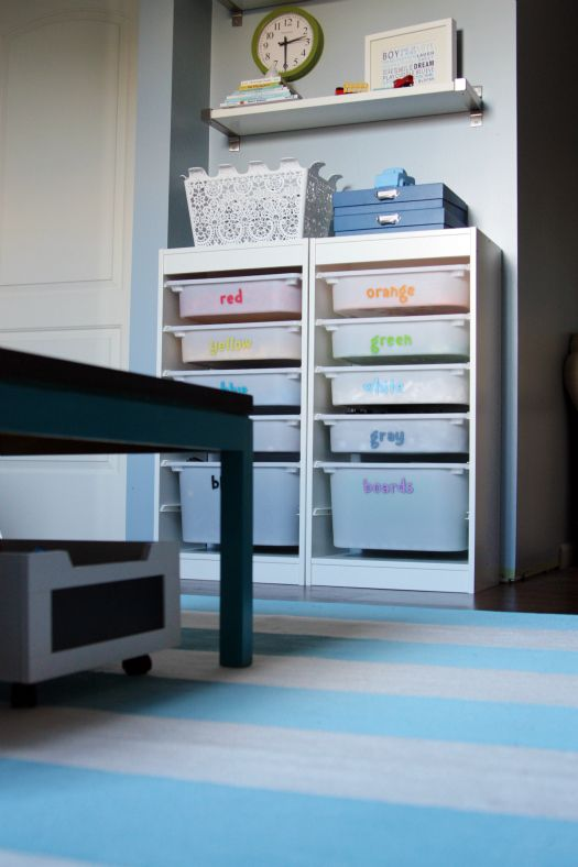 This blogger loves to organize and she has tons of ideas.