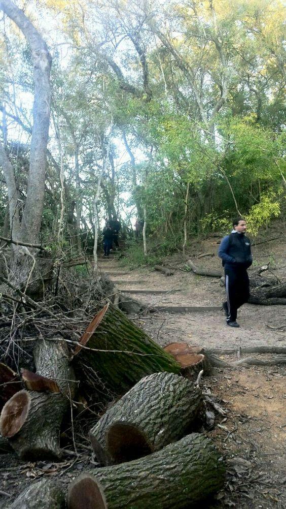 Caminantes en Reserva Natural Otamendi