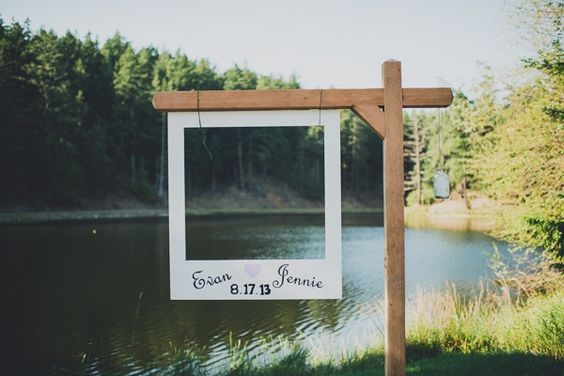 I WILL HAVE THIS!!!!!! A laid-back summer bbq wedding on a farm by Carina Skrobecki - Wedding Party