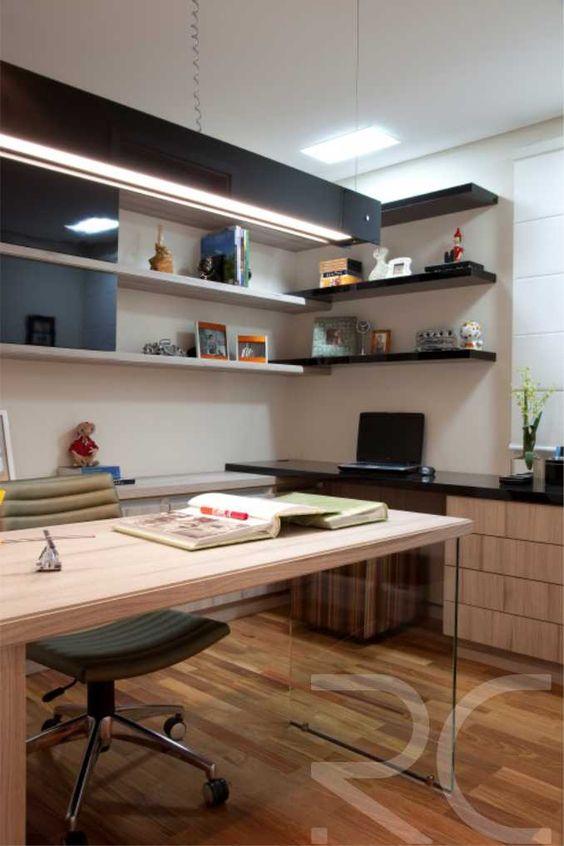 O uso de vidro na decoração traz leveza ao ambiente, além de deixar sofisticado. #rc #vidro #decoracao #altopadrao