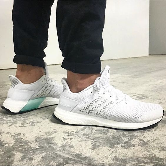 adidas ultra boost st glow women's running shoes