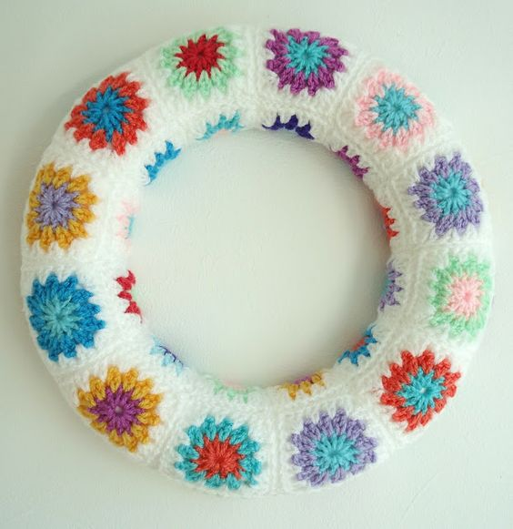 A different kind of wreath. From: MemeRose blog