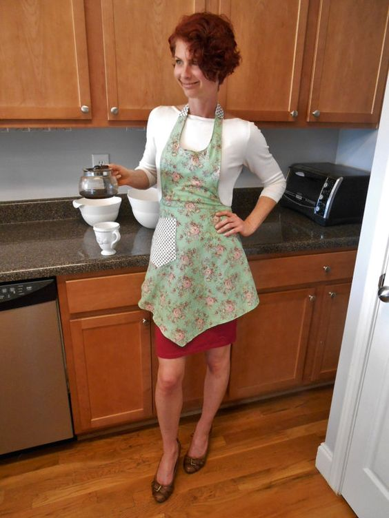 Hey, I found this really awesome Etsy listing at https://www.etsy.com/listing/230391718/apron-vintage-inspired-pink-rose-and
