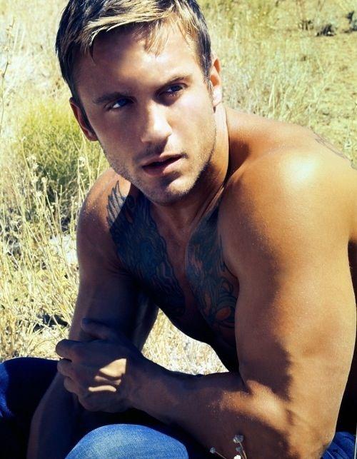 Jamie Dominic /gueule d'amour-man-pretty face