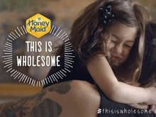 Diferentes tipos de pais estrelam campanha da Honey Maid - http://marketinggoogle.com.br/2014/03/12/diferentes-tipos-de-pais-estrelam-campanha-da-honey-maid/