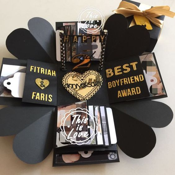 """----------- Info ------------- Size: 4x4"""" Explosion box card with 2 layers, - 4 tags with 4 pocket holders for you to pen down - 4 personalized photos at bas - $28"""