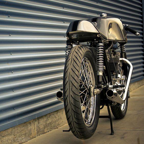 Triumph TR6 by Raccia Motorcycles