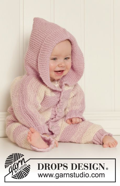 Ready for her playdate? Lovely knitted suit with hood in for #baby by #garnstudio #babydrops25...free pattern: