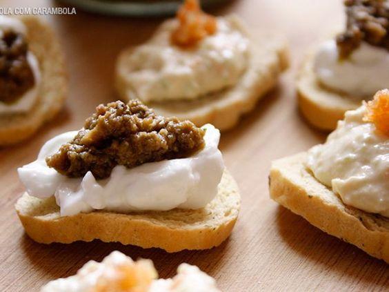 Receita Entrada : Aperitivos com patê de frango e azeitonas verdes de MarolaCarambola
