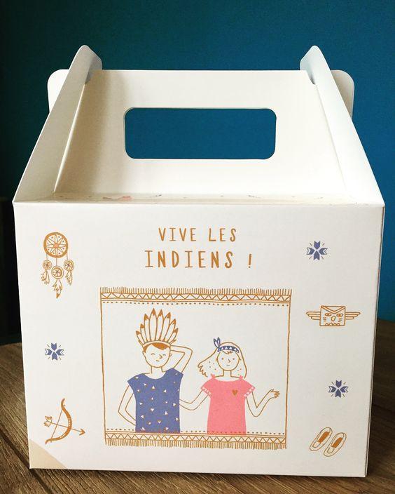 Envie de jouer aux indiens ? Découvrez la Box Indiens ! Un kit créatif pour fabriquer sa coiffe d'indien, une jolie surprise et des bonbons originaux.