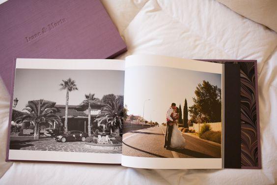 http://www.chemanaranjo.com/el-libro-de-marta-e-isaac-suave-seda-de-ciruela/    Libro-de-arte-en-bodas--20