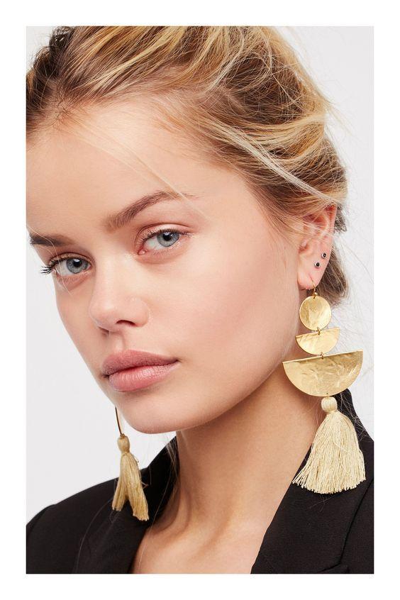 nueva llegada b068a 4d016 tendencias en aretes de moda 2019 grandes   Accessories ...