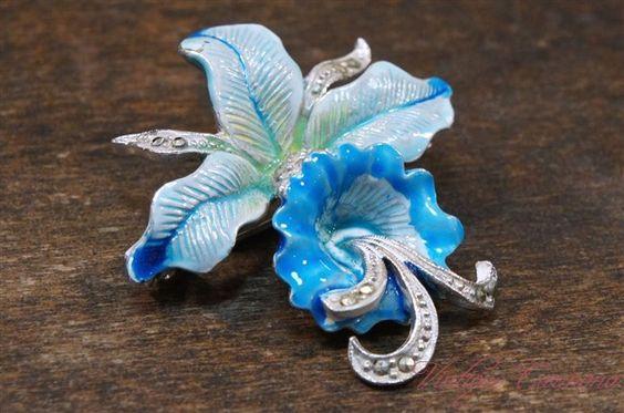 ヴィンテージ Blue Orchid Flower Marcasite ブローチ